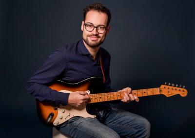 Enrico Olivanti Guitarist - Ph: Konvex Studio